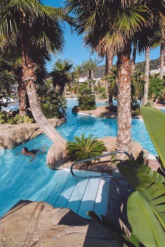 Last Minutes naar Hotel Melia in Benidorm - Bekijk hier hun zwembaden